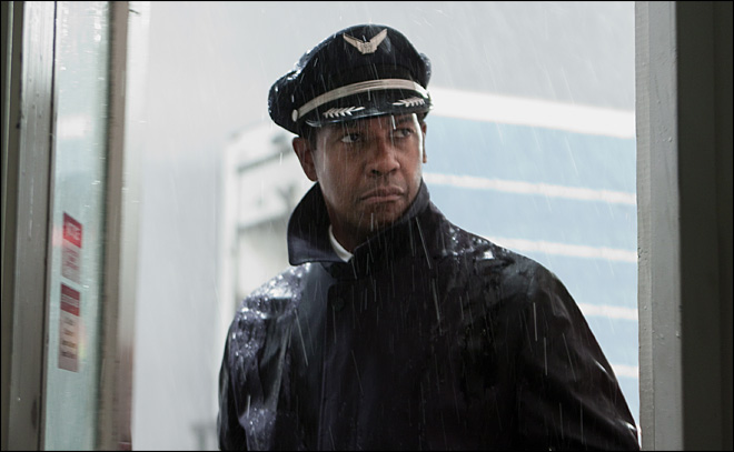 Review: Denzel soars as troubled pilot in 'Flight'