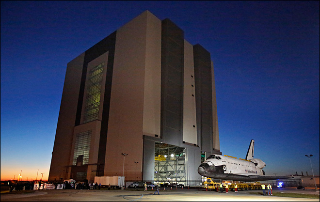 Photos: Final 10-mile trek for space shuttle Atlantis