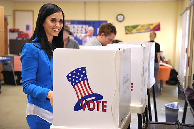 Katy Perry Votes on Election Day