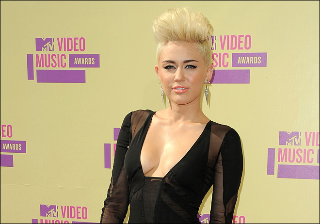 Miley Cyrus talks music, movie and marriage