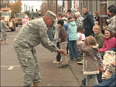 Albany holds 'Largest Veterans Day parade west of the Mississippi'