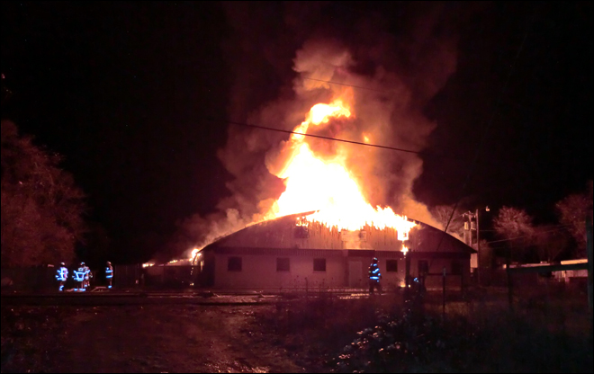 Columbia Spas Fire in Jefferson, Oregon