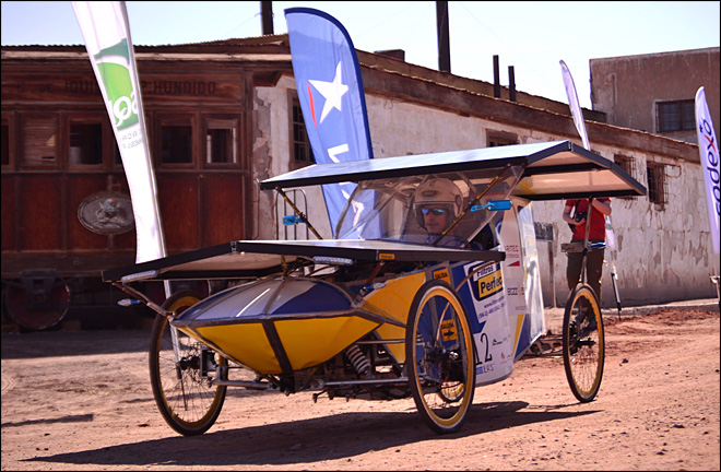 Solar cars roll across Earth's driest desert