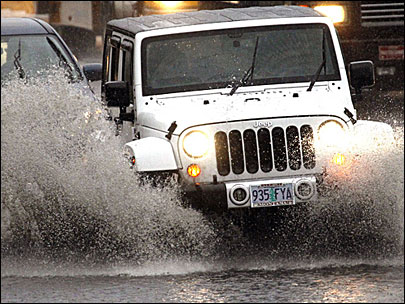 'Most flood deaths occur in automobiles'