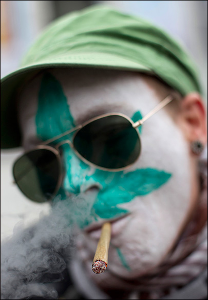 Dutch government scraps 'weed pass' for coffee shops