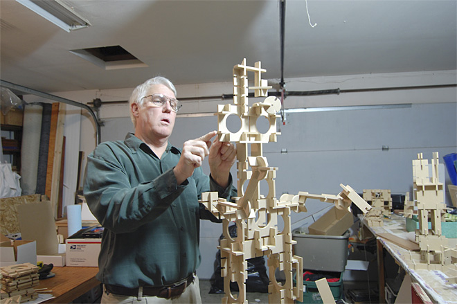 Slotto: Oregon man's toy creation on store shelves for holidays