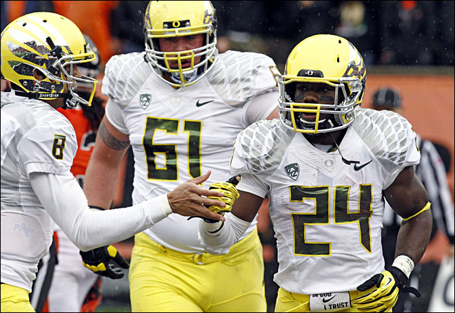 Civil War: Ducks rebound with 48-24 win over Beavers