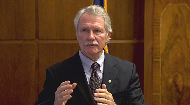 Kitzhaber says his budget will restore stability for schools