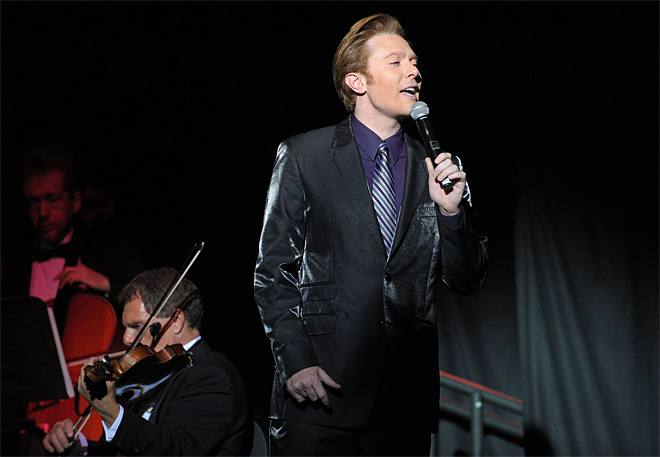 Seattle-area woman charged with stalking Clay Aiken