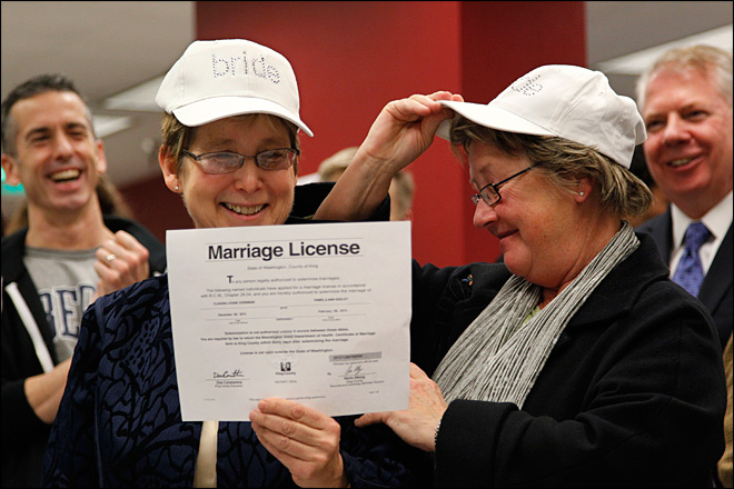 Historic day as same-sex couples receive marriage licenses