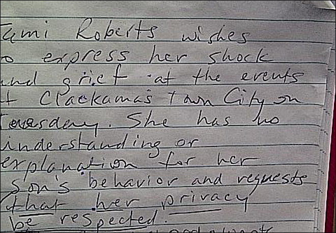 Aunt of mall shooter writes note saying &#39;sorry&#39;
