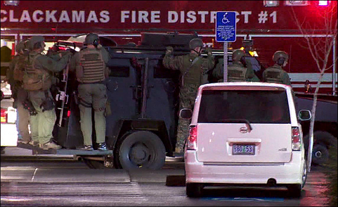 Shooting rampage at Clackamas mall leaves 3 dead, including shooter