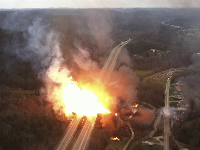 APTOPIX Gas Line Explosion