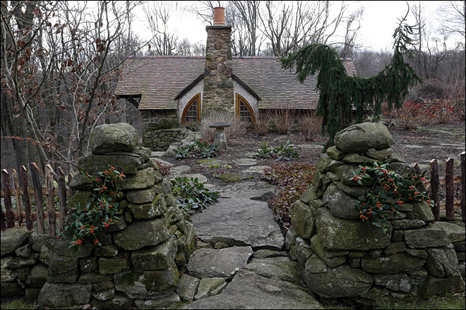 Far from the Shire, a Hobbit house in Pa. country