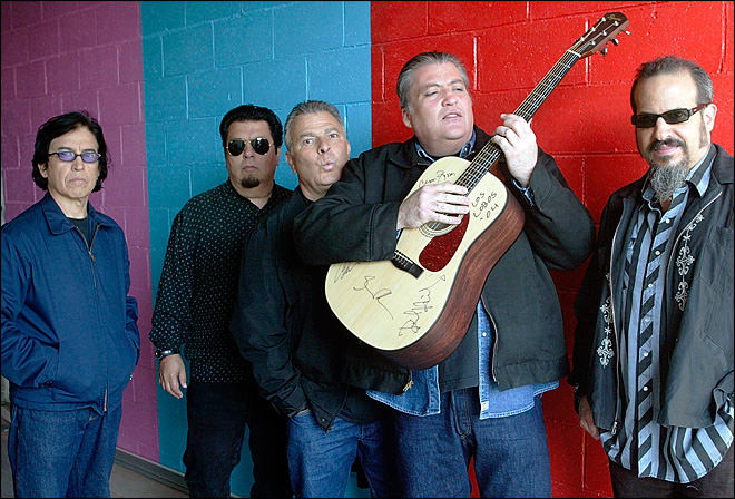 Chicano rock pioneers Los Lobos marking 40 years
