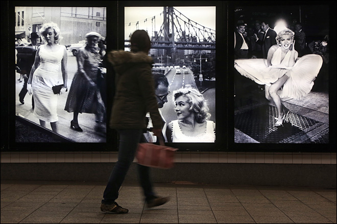 Marilyn Monroe subway grate photo on view in NYC