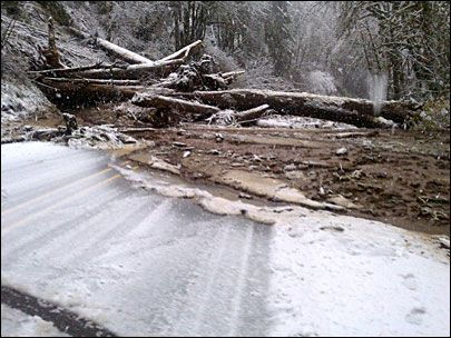 Landslide blocks main route from Eugene to Florence