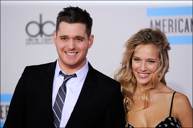 Michael Buble, wife expecting first child