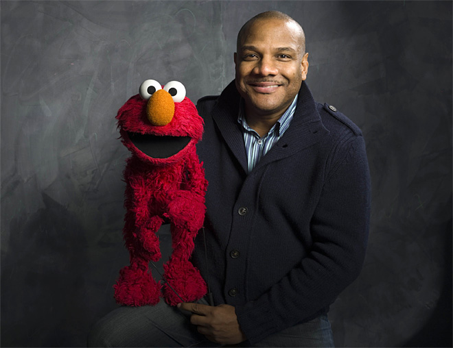 Ex-Elmo puppeteer, alleged sexual abuser, wins 3 Daytime Emmys