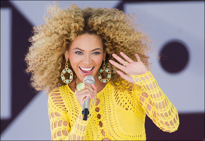 100 fans to join Beyonce onstage at Super Bowl