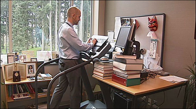 Work out at work: Man designs treadmill desk