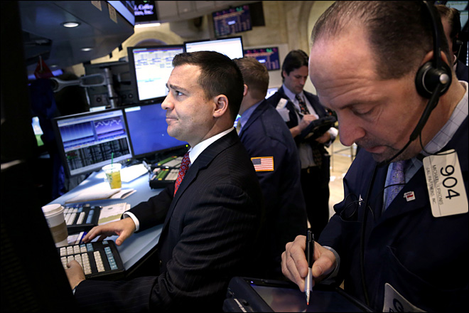 Stocks struggle for direction as 'fiscal cliff' nears
