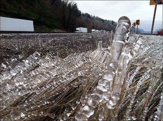Icy Conditions in the Gorge