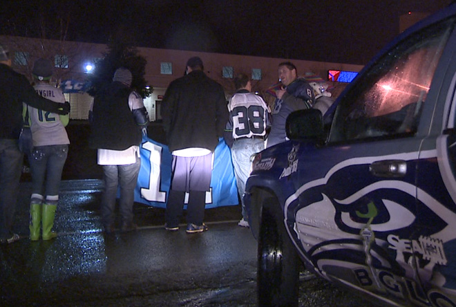 Seahawks return home to waiting 12th Man