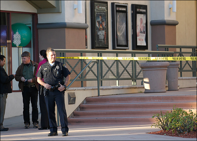 Officer shoots suspect in San Diego movie theater