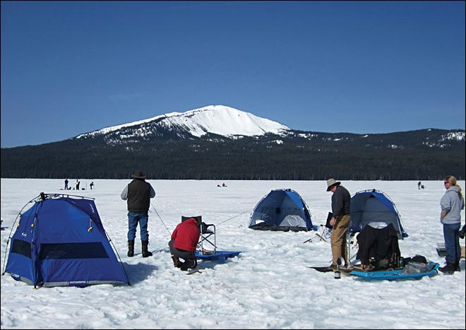 Brrr ... Oregon lake offers year-round fishing