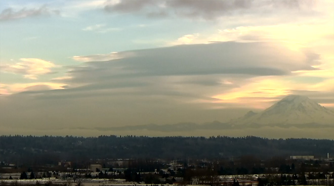 Mt. Raininer Lenticular Cloud