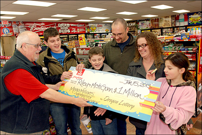 Laid-off man buys $1M lotto ticket at pit stop for corndogs