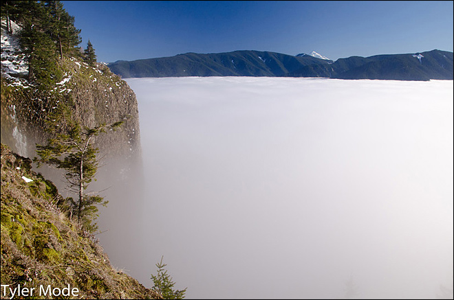 Hike through the inversion shows dramatic weather changes