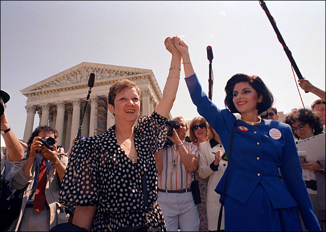 Roe v Wade: After 40 years, deep divide is legacy