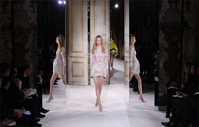 APTOPIX Paris Fashion Giambattista Valli