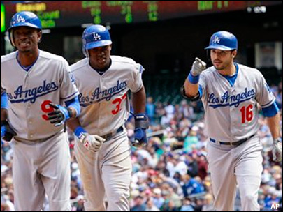 AP: Dodgers win $7 billion TV deal from Time Warner