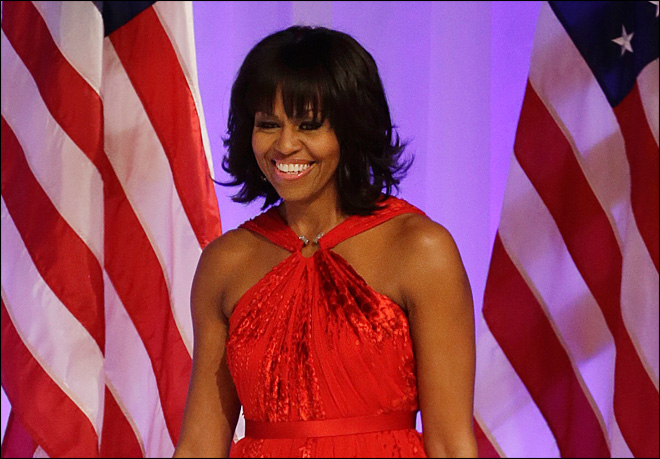 Mrs. Obama has bangs: Let the analyzing begin