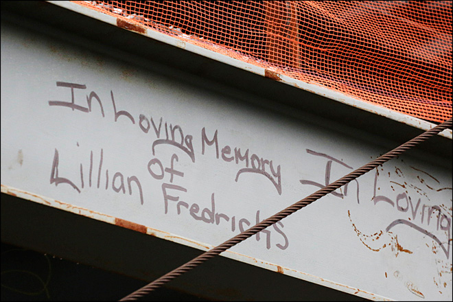 Photos: WTC workers scrawl graffiti of defiance, hope