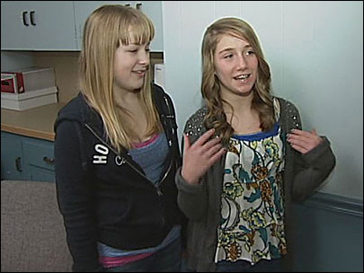 7th grader helps friend choking on cheeseburger