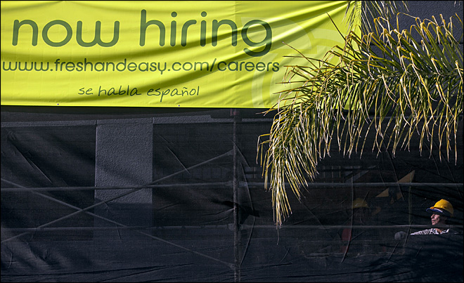 Unemployment claims drop to 5-year low