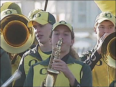 Student government weighs cutting $150K for Oregon band