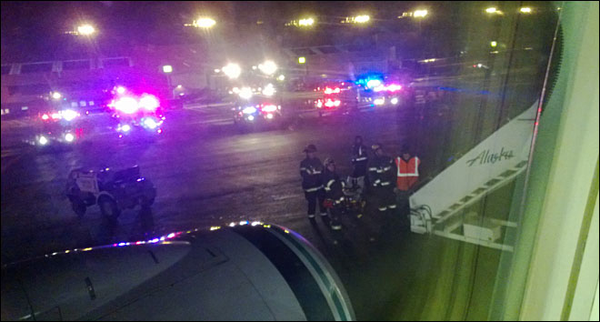Co-pilot lands plane at PDX after pilot loses consciousness