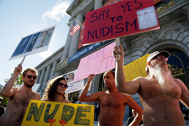 4 arrested for defying San Francisco's nudity ban