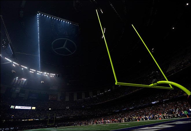 Photos: Lights out at the Super Bowl