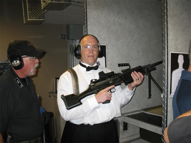 Vegas weddings trade shotguns for Uzis