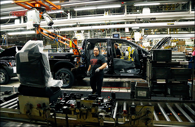 U.S. factory output falls on weak auto production
