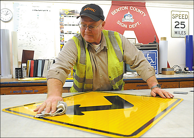 Ore. inspectors sign off on road symbols