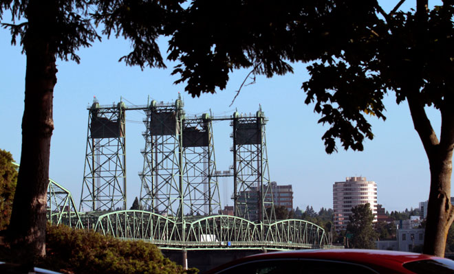 Oregon Senate approves Columbia River bridge