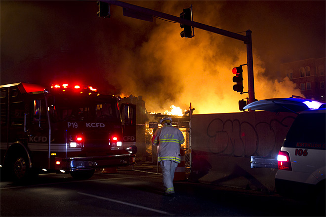 Official: 14 hurt in Kansas City gas blast, fire