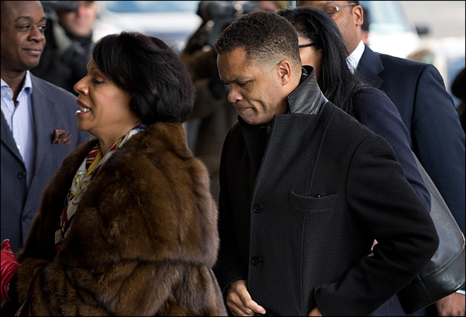 Jesse Jackson Jr. faces 4 years in prison after guilty plea